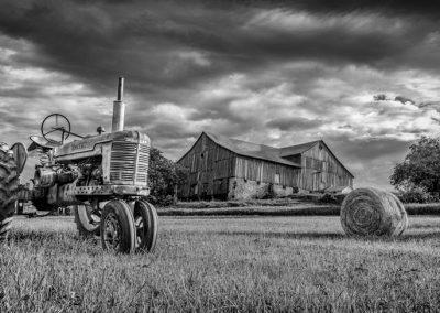 Tractor Monochrome